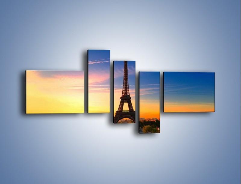Obraz na płótnie – Wieża Eiffla o zachodzie słońca – pięcioczęściowy AM052W5
