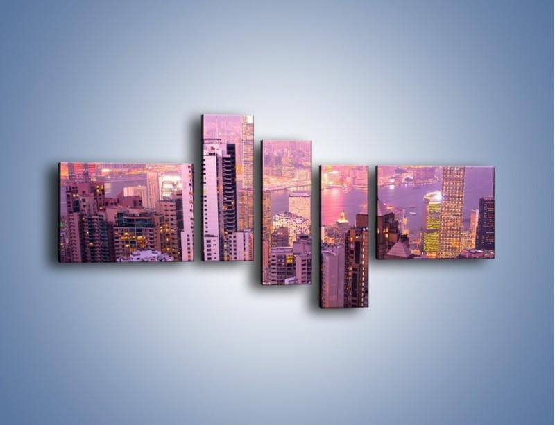 Obraz na płótnie – Duże miasto budzące się o poranku do życia – pięcioczęściowy AM062W5