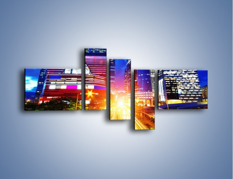 Obraz na płótnie – Miasto w żywych kolorach – pięcioczęściowy AM131W5