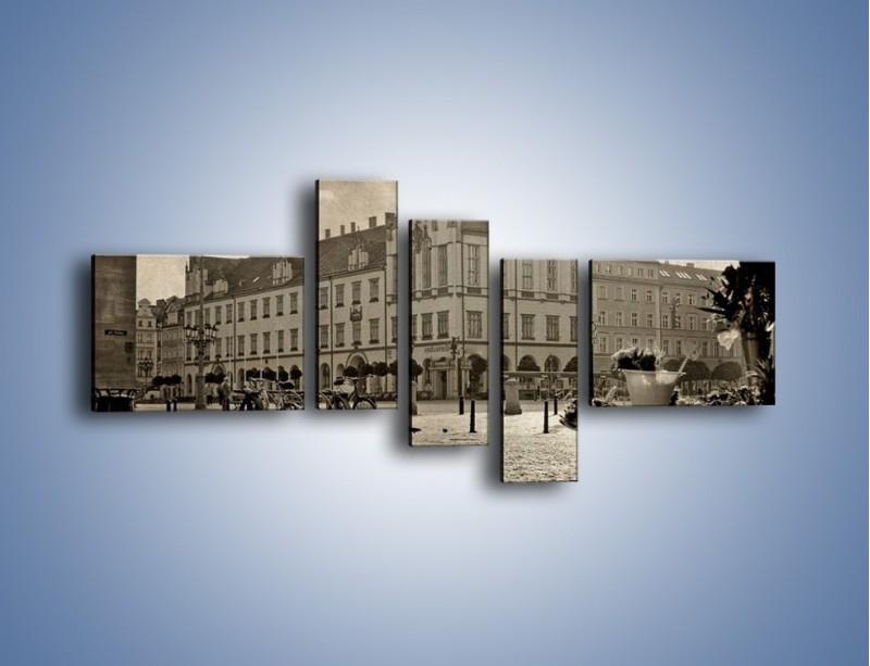 Obraz na płótnie – Rynek Starego Miasta w stylu vintage – pięcioczęściowy AM138W5