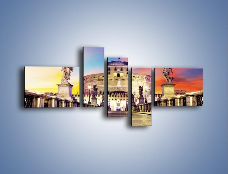 Obraz na płótnie – Zamek św. Anioła na tle kolorowego nieba – pięcioczęściowy AM156W5