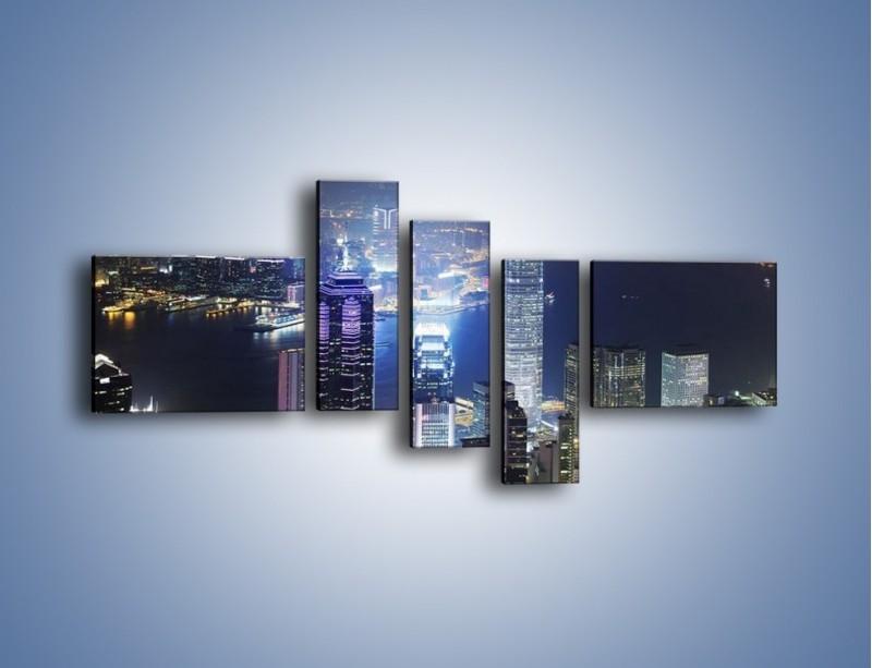Obraz na płótnie – Miasto oświetlone nocą – pięcioczęściowy AM223W5