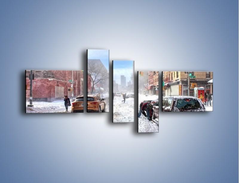 Obraz na płótnie – Zaśnieżone ulice miasta – pięcioczęściowy AM342W5