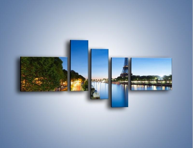 Obraz na płótnie – Zapadający zmrok w Paryżu – pięcioczęściowy AM385W5
