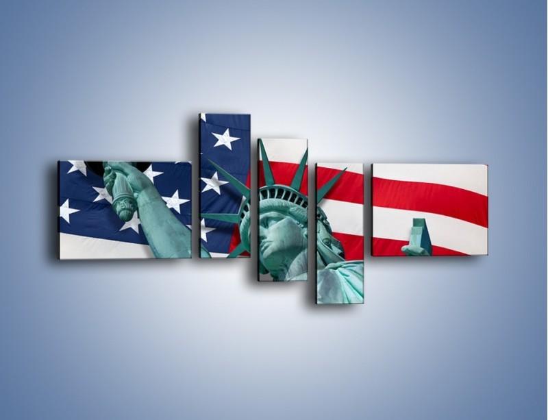 Obraz na płótnie – Statua Wolności na tle flagi USA – pięcioczęściowy AM435W5