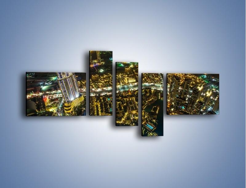 Obraz na płótnie – Dubaj nocą z lotu ptaka – pięcioczęściowy AM507W5