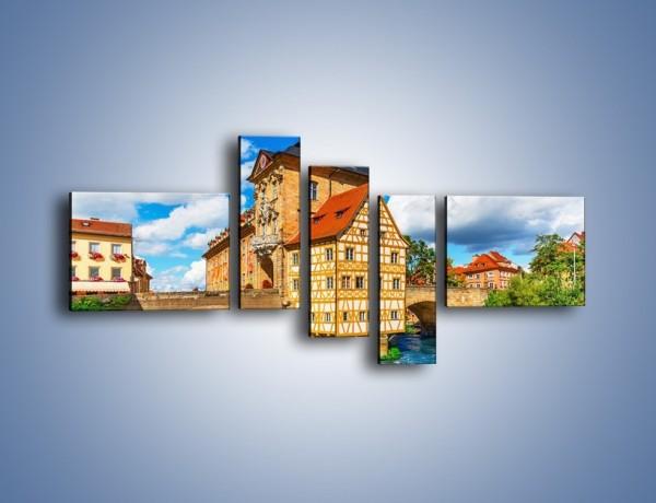 Obraz na płótnie – Ratusz w mieście Bamberg – pięcioczęściowy AM513W5