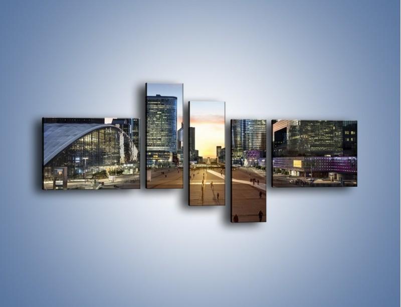 Obraz na płótnie – Quartier La Défense w Paryżu – pięcioczęściowy AM647W5