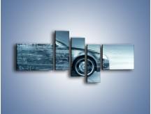 Obraz na płótnie – Auto z prędkością światła – pięcioczęściowy GR264W5