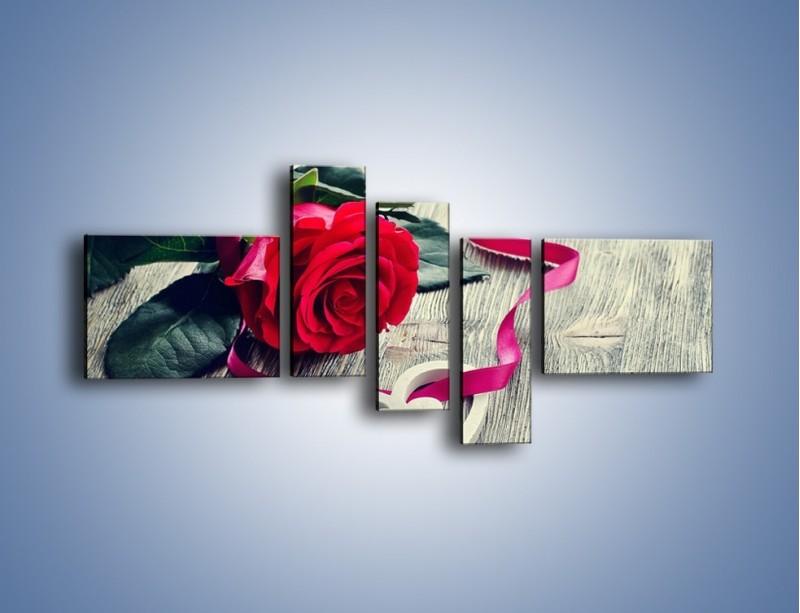 Obraz na płótnie – Od serca aż po różę – pięcioczęściowy K1013W5