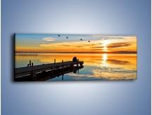 Obraz na płótnie – Bliskość na drewnianym pomoście – jednoczęściowy panoramiczny KN1361A