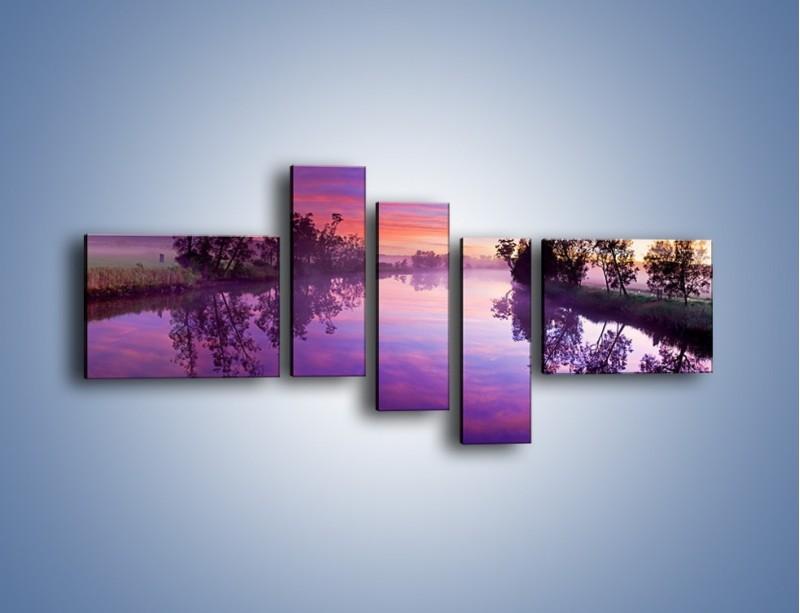 Obraz na płótnie – Fiolet w wodzie i na niebie – pięcioczęściowy KN1046W5
