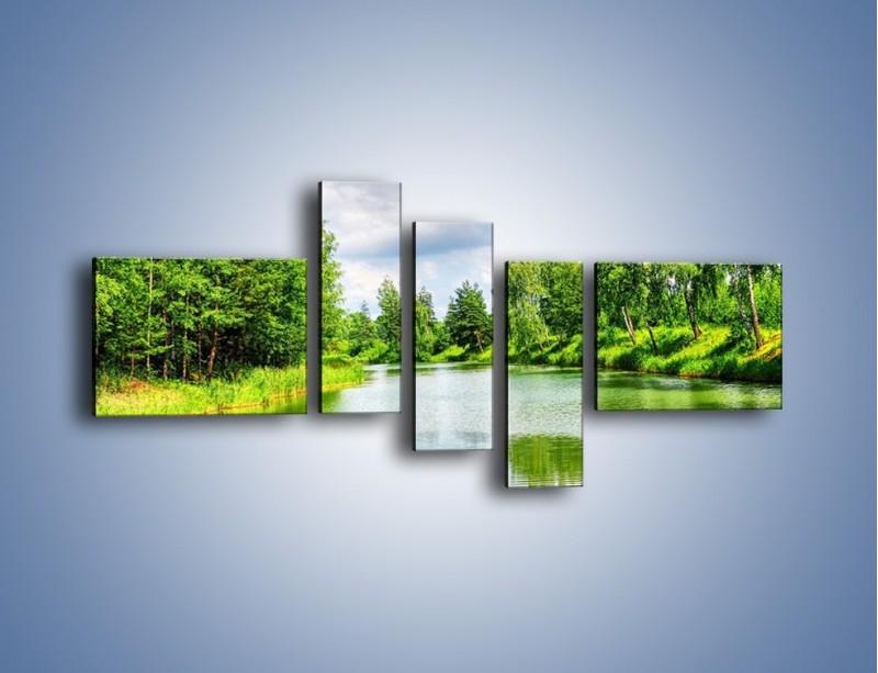 Obraz na płótnie – Spokojna woda i las – pięcioczęściowy KN1086W5