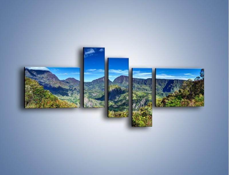 Obraz na płótnie – Zieleń ukryta wysoko w górach – pięcioczęściowy KN1106W5