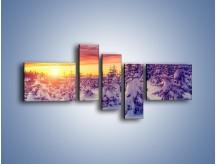 Obraz na płótnie – Choinki w śnieżnej szacie – pięcioczęściowy KN1220AW5