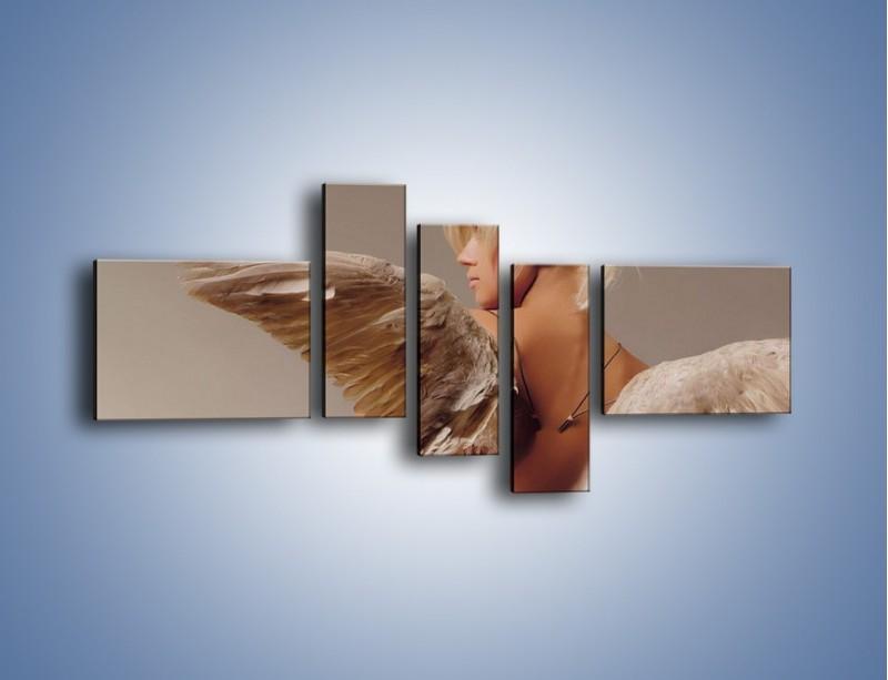 Obraz na płótnie – Kobieta ubrana w skrzydła – pięcioczęściowy L060W5