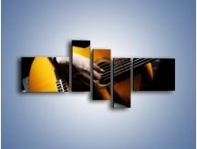 Obraz na płótnie – Chłopiec z gitarą – pięcioczęściowy O109W5