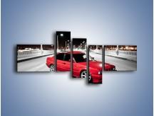 Obraz na płótnie – BMW 5 E34 na moście – pięcioczęściowy TM227W5
