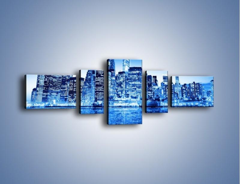 Obraz na płótnie – Odbicie miasta w tafli wody – pięcioczęściowy AM004W6