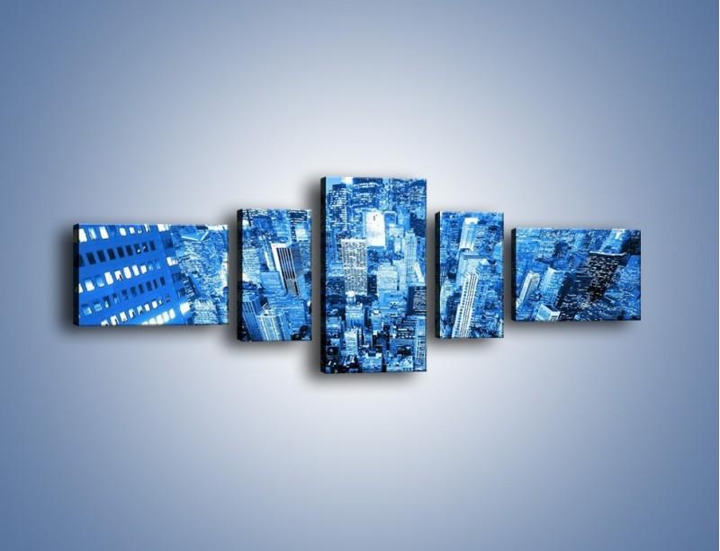Obraz na płótnie – Centrum miasta w niebieskich kolorach – pięcioczęściowy AM042W6