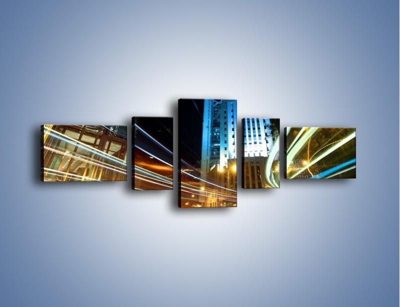 Obraz na płótnie – Światła w ruchu ulicznym – pięcioczęściowy AM048W6