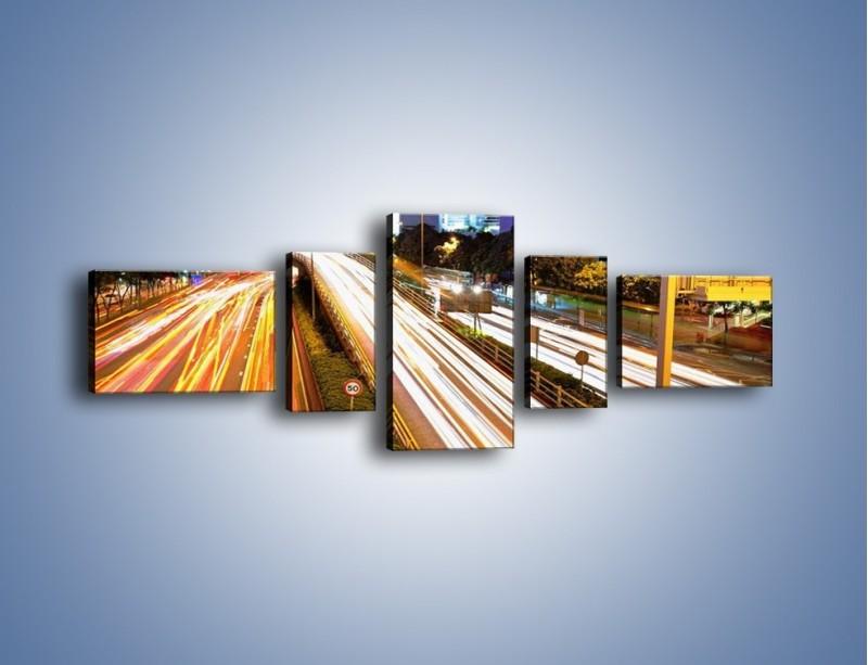 Obraz na płótnie – Ulice w ruchu w mieście – pięcioczęściowy AM089W6