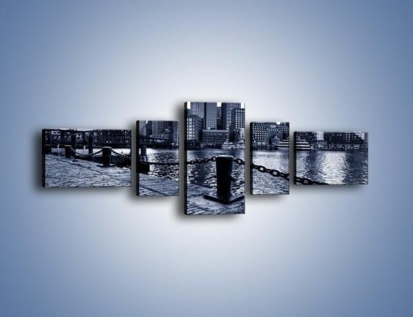 Obraz na płótnie – Wybrukowana wybrzeże miasta – pięcioczęściowy AM132W6