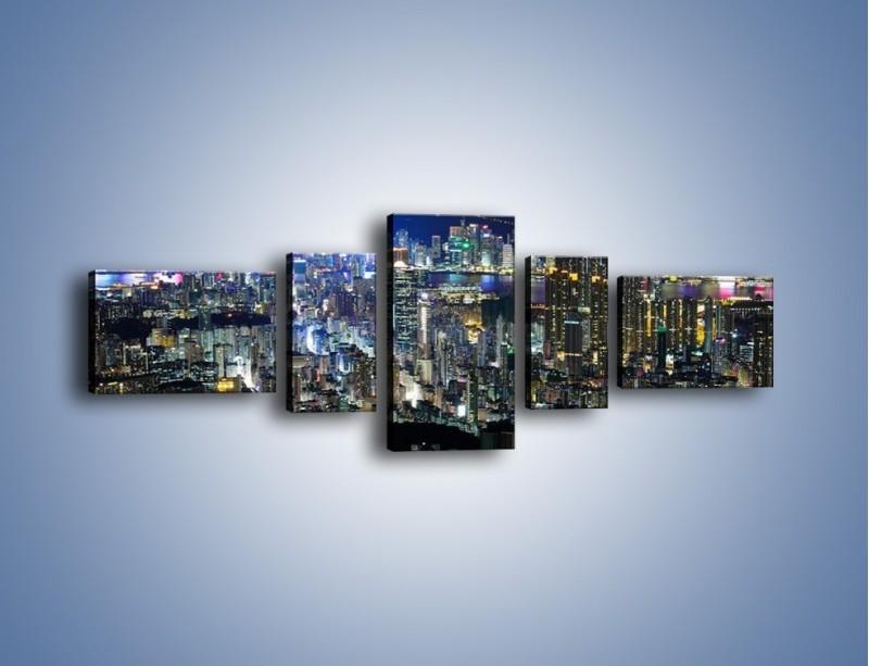 Obraz na płótnie – Nocne światła w dużym mieście – pięcioczęściowy AM144W6