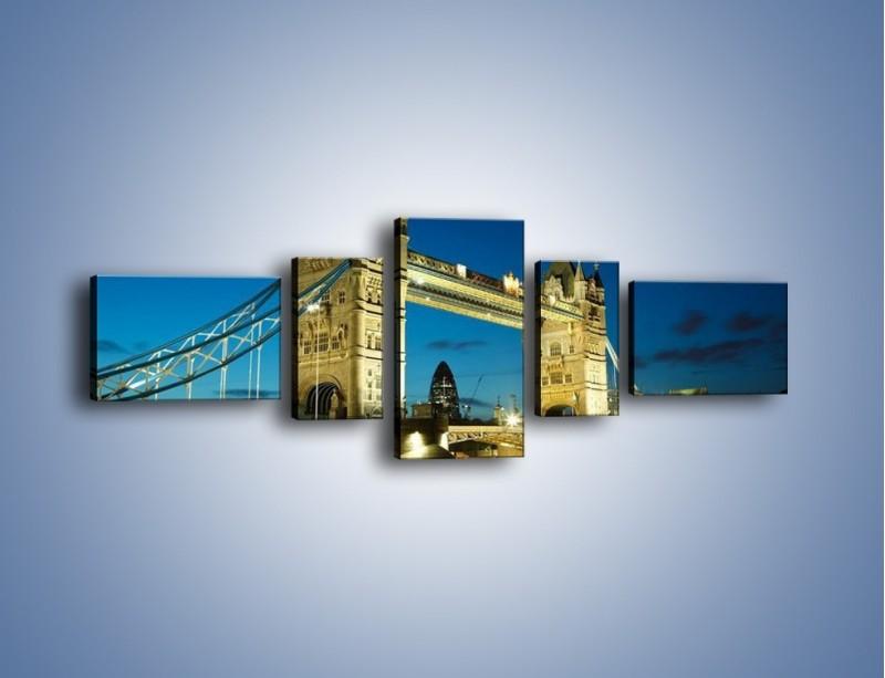 Obraz na płótnie – Tower Bridge wieczorową porą – pięcioczęściowy AM159W6