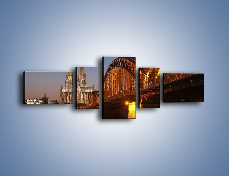 Obraz na płótnie – Most na tle kościoła – pięcioczęściowy AM186W6