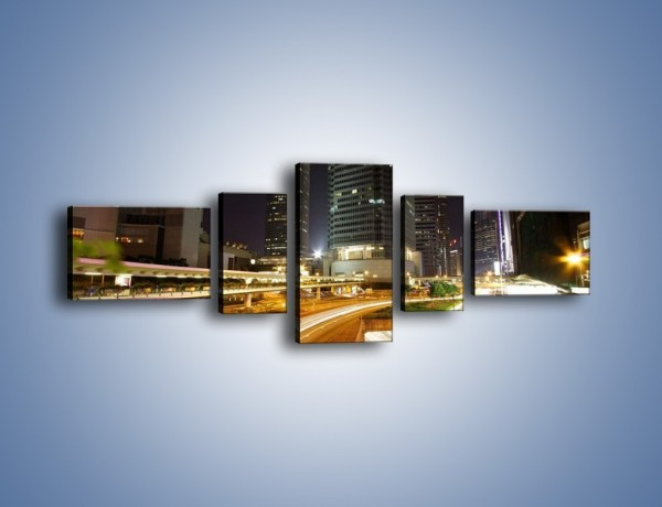 Obraz na płótnie – Miasto w nocnym ruchu ulicznym – pięcioczęściowy AM225W6