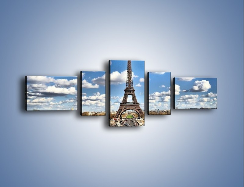 Obraz na płótnie – Wieża Eiffla w pochmurny dzień – pięcioczęściowy AM227W6