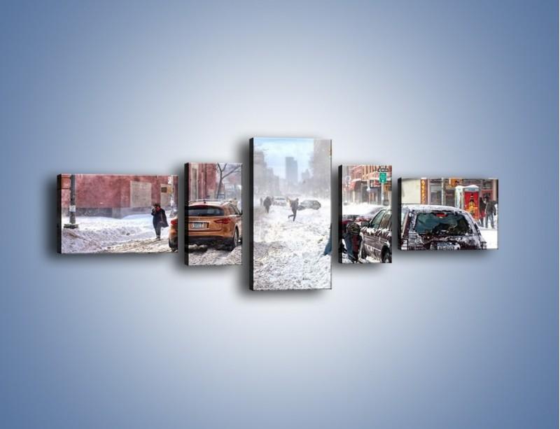Obraz na płótnie – Zaśnieżone ulice miasta – pięcioczęściowy AM342W6