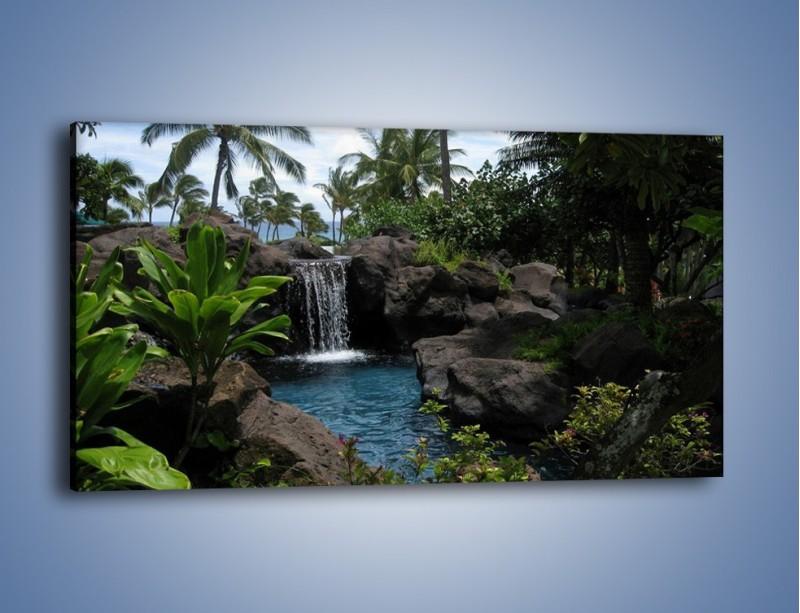 Obraz na płótnie – Wodospad wśród palm – jednoczęściowy panoramiczny KN208