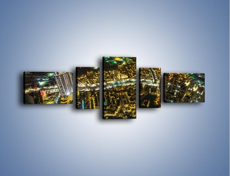 Obraz na płótnie – Dubaj nocą z lotu ptaka – pięcioczęściowy AM507W6