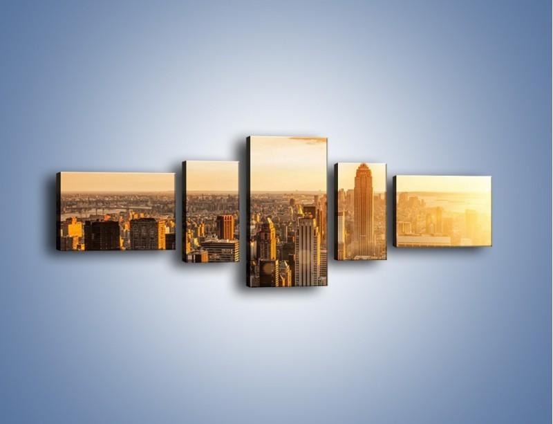 Obraz na płótnie – Zachód słońca nad Nowym Jorkiem – pięcioczęściowy AM550W6