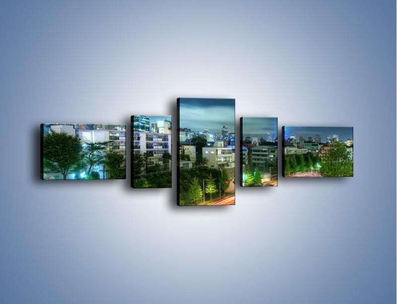 Obraz na płótnie – Miasto Roppongi w Japonii – pięcioczęściowy AM593W6