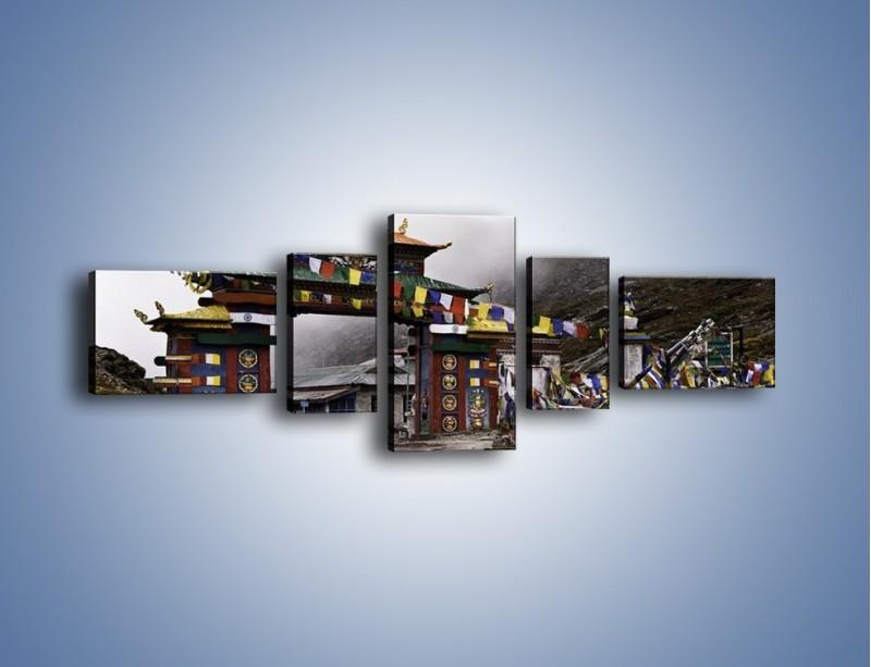 Obraz na płótnie – Brama do miasta Tawang w Tybecie – pięcioczęściowy AM689W6