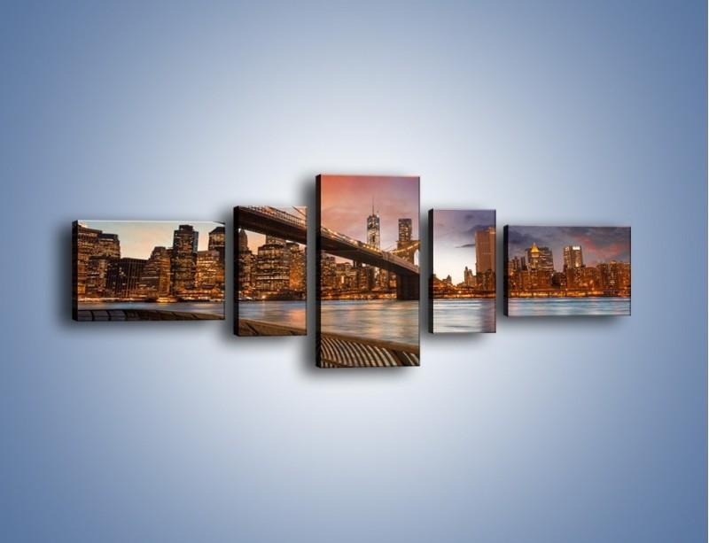 Obraz na płótnie – Zmierzch nad Mostem Brooklińskim – pięcioczęściowy AM793W6