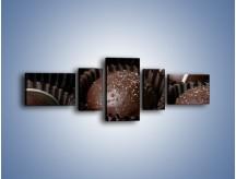 Obraz na płótnie – Czekoladowe praliny w foremkach – pięcioczęściowy JN040W6