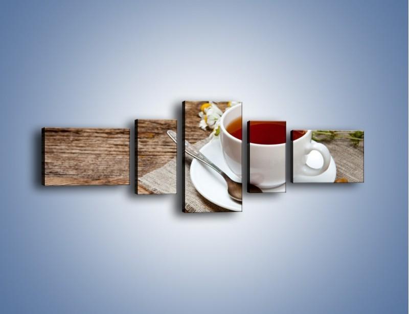 Obraz na płótnie – Herbata wśród stokrotek – pięcioczęściowy JN413W6