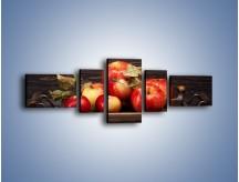 Obraz na płótnie – Dojrzałe jabłka na stole – pięcioczęściowy JN653W6