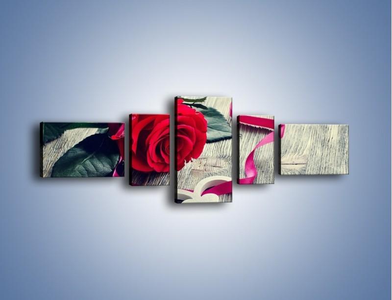 Obraz na płótnie – Od serca aż po różę – pięcioczęściowy K1013W6