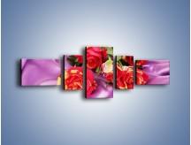 Obraz na płótnie – Błogi odpoczynek z różą – pięcioczęściowy K251W6
