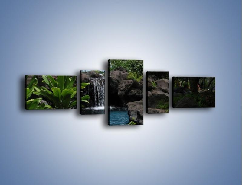 Obraz na płótnie – Wodospad wśród palm – pięcioczęściowy KN208W6