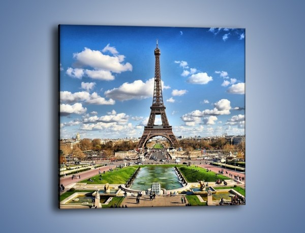 Obraz na płótnie – Wieża Eiffla w pochmurny dzień – jednoczęściowy kwadratowy AM227
