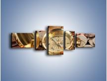 Obraz na płótnie – Kompas zatopiony w monetach – pięcioczęściowy O089W6