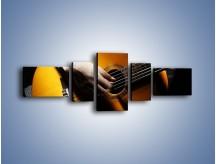 Obraz na płótnie – Chłopiec z gitarą – pięcioczęściowy O109W6