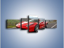 Obraz na płótnie – Czerwone Ferrari 458 Italia – pięcioczęściowy TM194W6