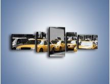 Obraz na płótnie – Amerykańskie taksówki w korku ulicznym – pięcioczęściowy TM219W6